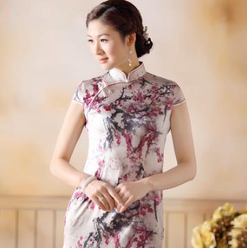 白底梅花 喷绘 重缎 真丝旗袍